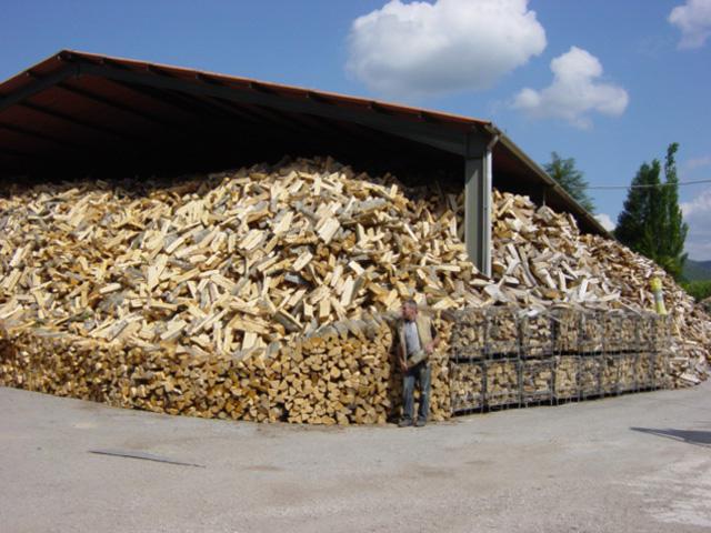 Achat de bois de chauffage pr s de montpellier puech - Bois de chauffage peuplier ...